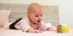Развивающие игры и игрушки для детей (3 месяц)