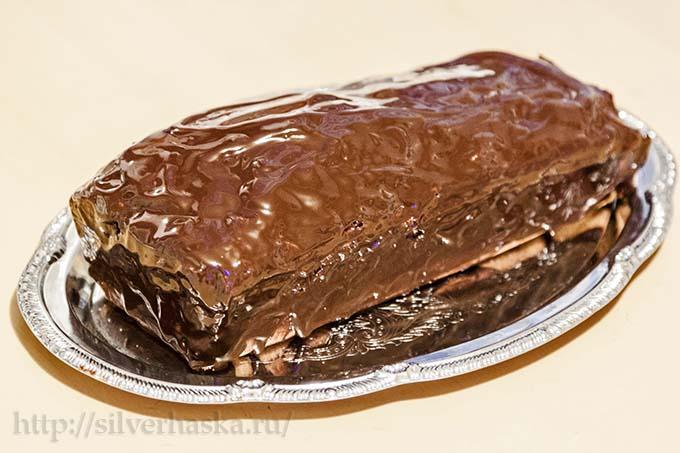 mramornyy keks v shokoladnoy glazuri
